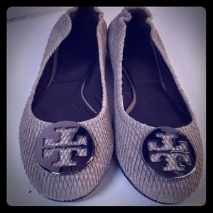 Tory Burch size 12 Taupe Textured Leather Flats
